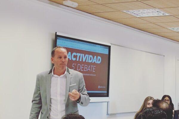 """""""Militancia 2.0, Redes sociales y política"""""""